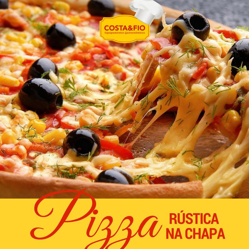 Pizza na chapa feita com a bifeteira Costa&Fio
